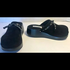 NEW Steve Madden Black Leather Suede Clogs SIZE 5